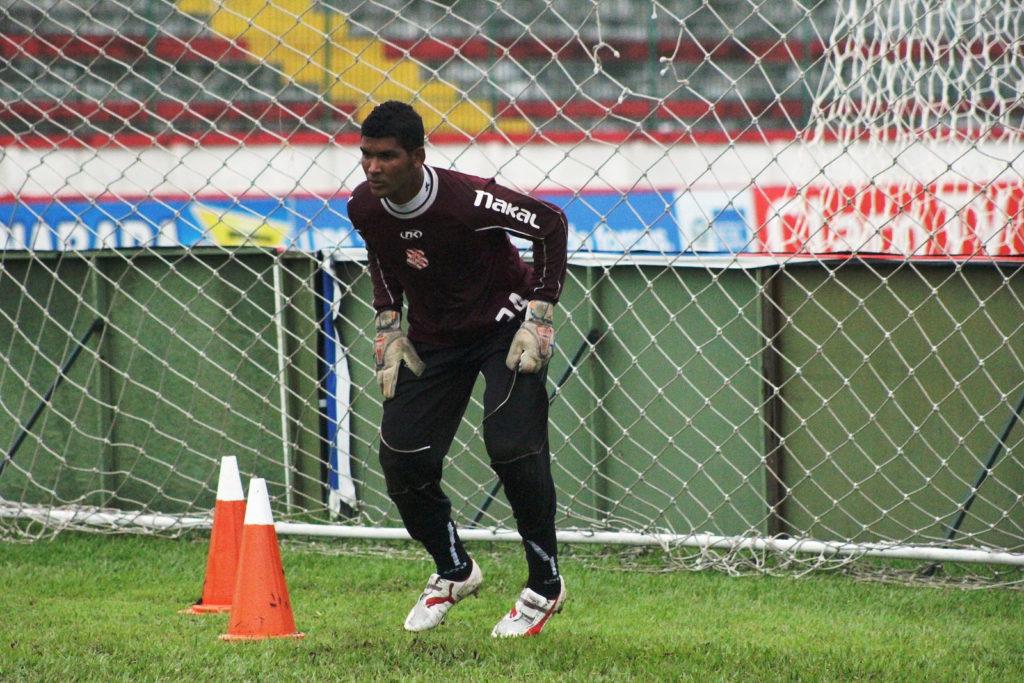 Adilson em sua passagem pelo Bangu em 2013 (Foto: João Carlos Gomes/Bangu)
